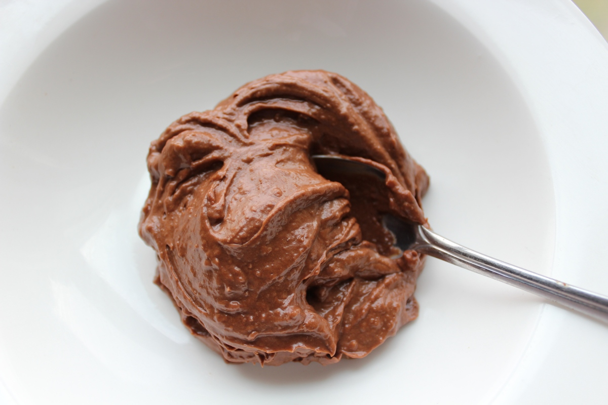Super Fast, Healthy Chocolate Pudding (Vegan too)